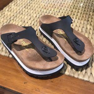 Birkenstock Papillon Gizeh sandal